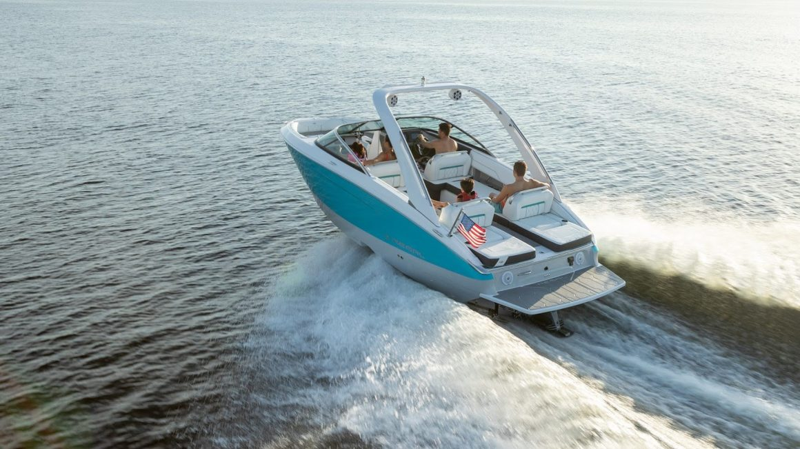 Nearly 320K Boats Sold in 2020