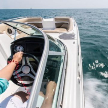 "Engine Cut-Off Switches Now Required for Boats on ""Navigable Waterways"""