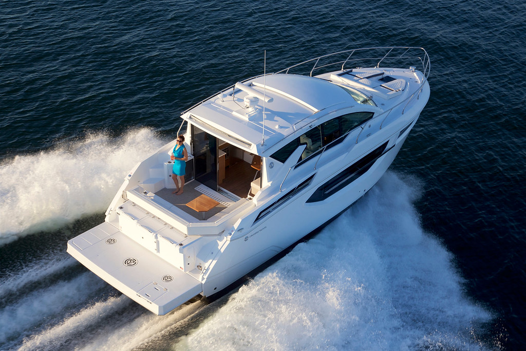 MARINEMAX ACQUIRES CRUISERS YACHTS