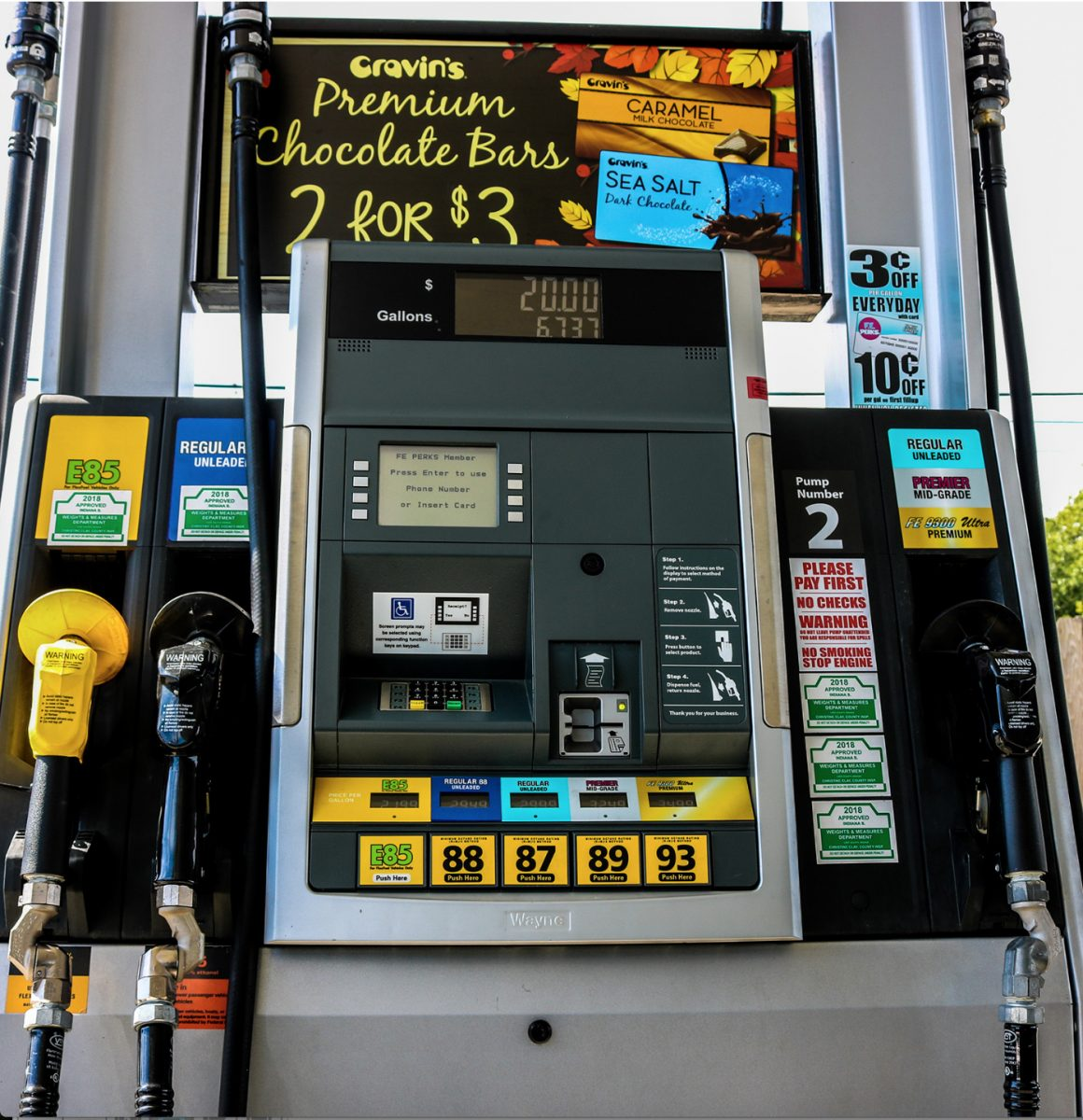Confusing and Ineffective Fuel Pump Warning Labels a Risk for Boaters