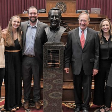 Johnny Morris Inducted Into Hall Of Famous Missourians